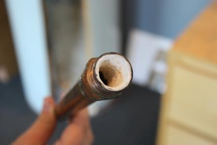 накип в трубі